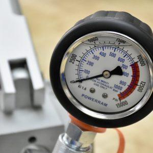 đồng hồ áp suất chi tiết thông số PSI và bar