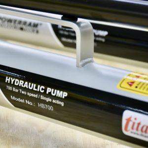 Vỏ sơn tĩnh điện, chắc chắn của bơm HB700 Powerram