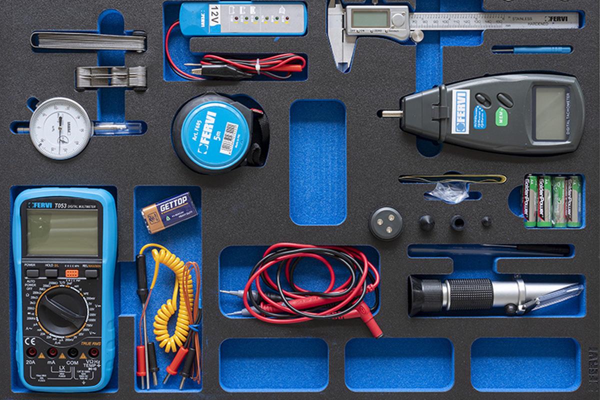 TM01/050 Bộ dụng cụ đo 9 món