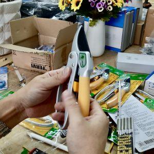 Tay cầm kéo cắt cành bọc nhựa mềm